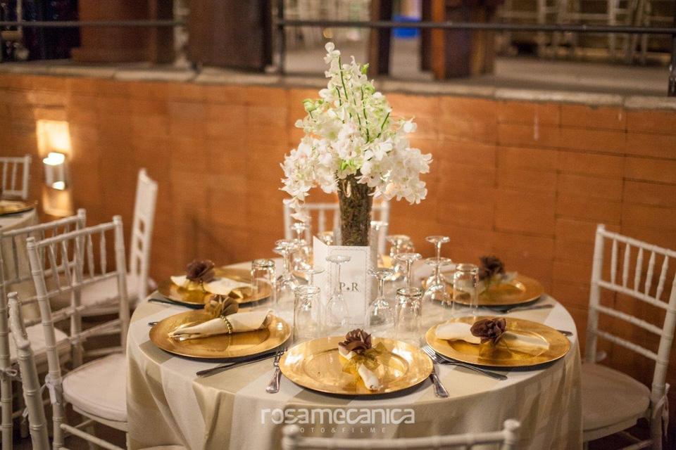 Arranjo de mesa buffet casamento