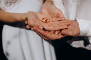 7 tendências de anéis de noivado que você verá em 2021