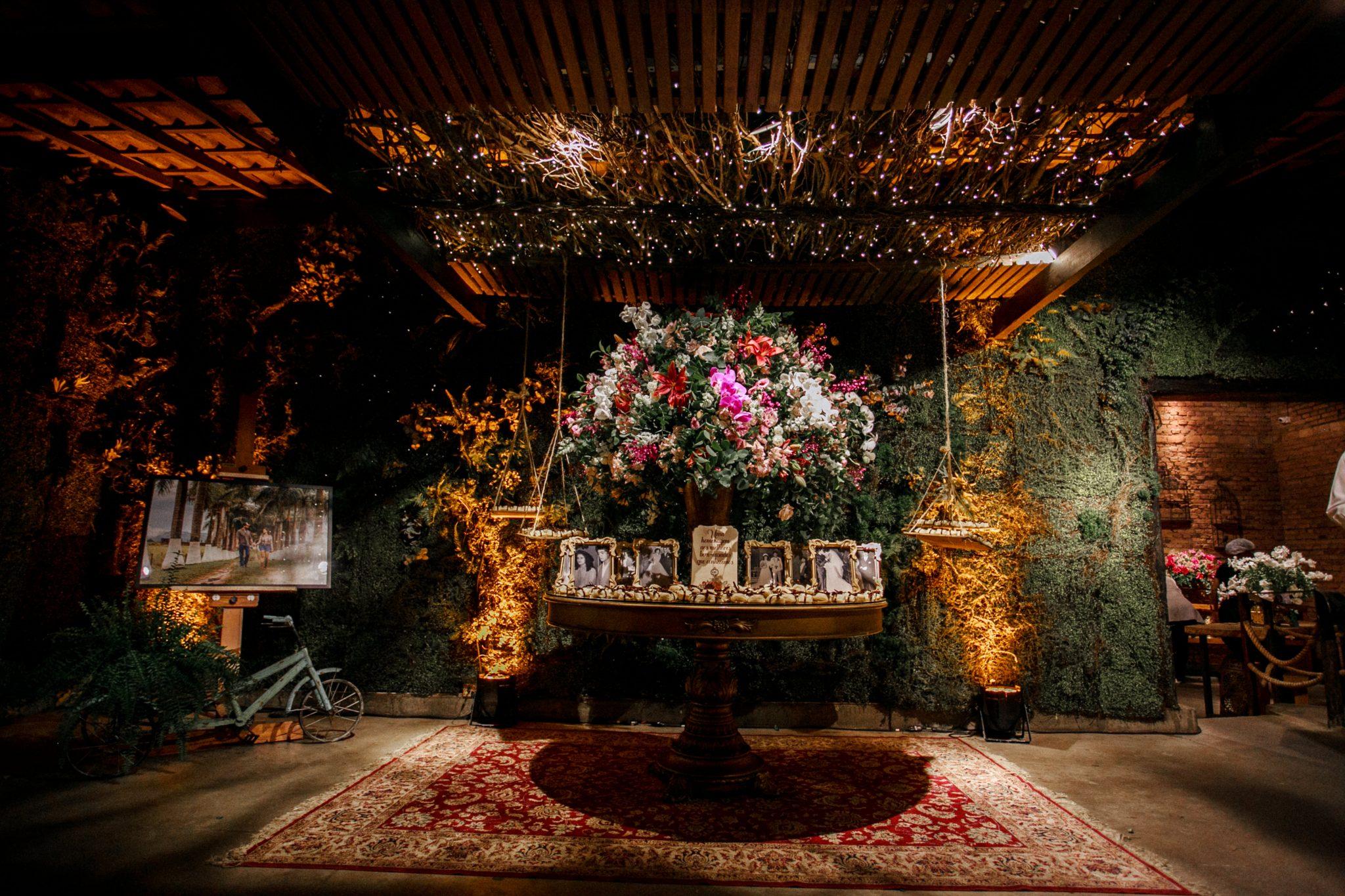 Um guia passo a passo para escolher a decoração do seu casamento