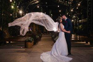 10 maneiras de usar um véu com seu penteado de casamento
