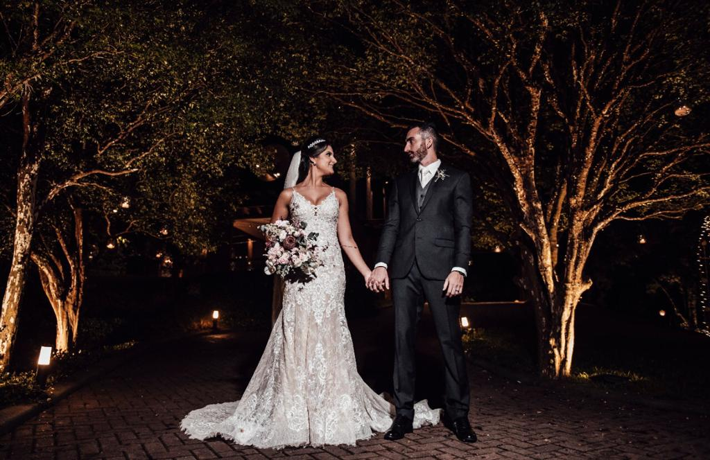 Noivos Jabuticabeira Sítio casamento ao ar livre e rustico